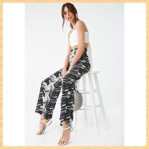 New Forever21 Chevron Print Woven Pants